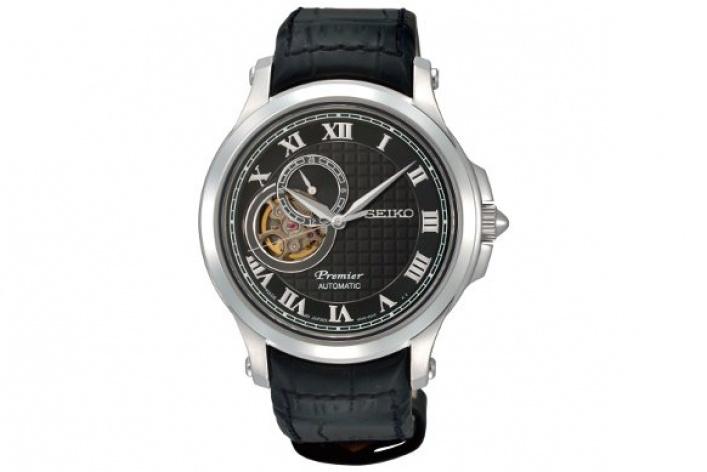 Мужские наручные часы дешевле 30000 рублей