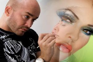 Тенденции макияжа на весну-лето 2012