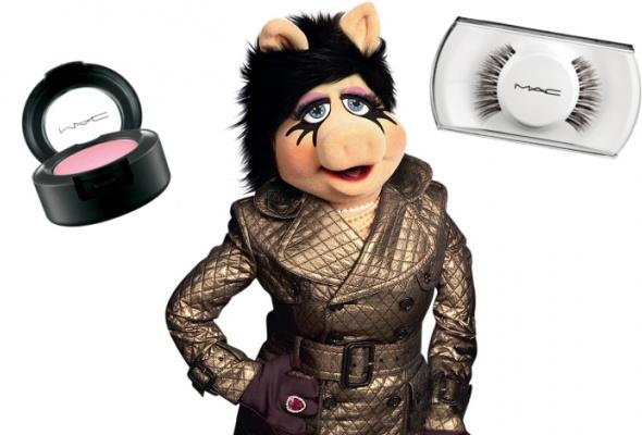 Мисс Пигги стала лицом новой линейки макияжа MAC - Фото №0