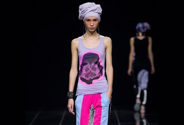 Константин Гайдай иТВОЕ создали совместную линию футболок - Фото №0