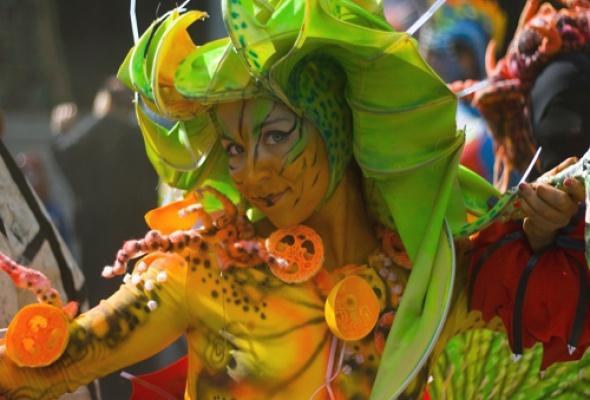 """II Международный фестиваль уличных театров """"Елагин парк"""" - Фото №0"""