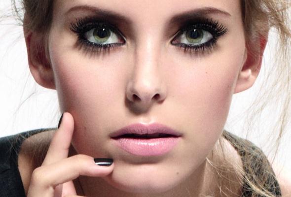 Sephora выпустила тушь сгиалуроновой кислотой - Фото №0