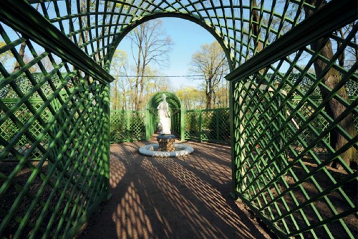 Летнему саду вернули исторический вид
