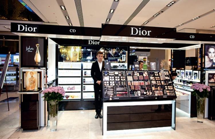 """В Рив Гош """"Цветной"""" пройдет фотосессия в стиле Dior"""