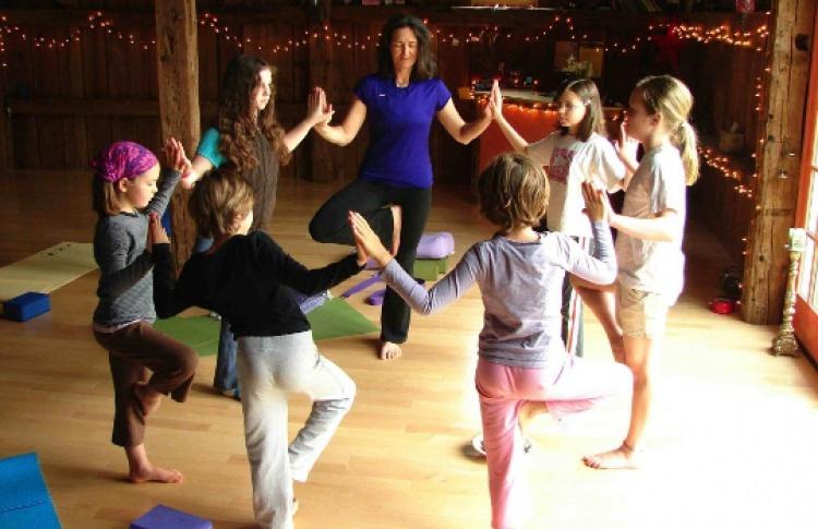 Детская игровая йога