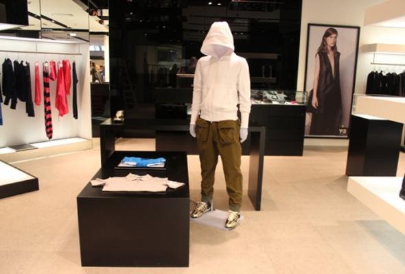 Первый вРоссии бренд-центр adidas открылся в«Европейском» - Фото №3