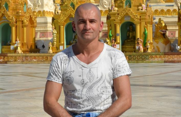 Леонид Затуливетров
