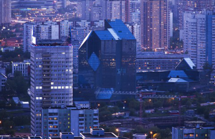Почему в Москве строятся неудачные здания?