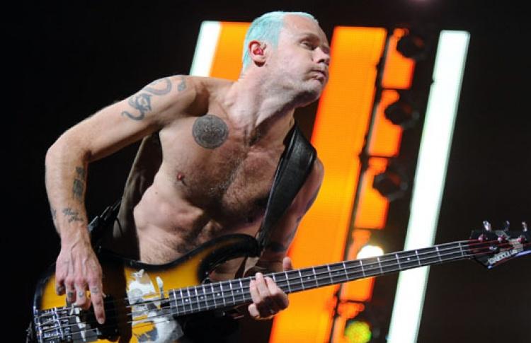 Red Hot Chili Peppers выпустят 18новых песен доконца года