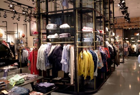 Первый вРоссии магазин Scotch&Soda открылся в«Метрополисе» - Фото №0