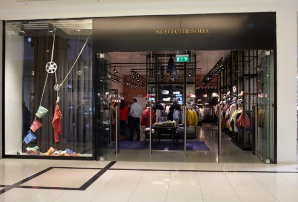 Первый вРоссии магазин Scotch&Soda открылся в«Метрополисе» - Фото №4
