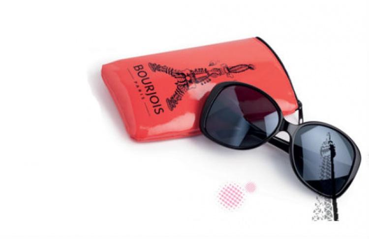 Солнечные очки в подарок от Bourjois