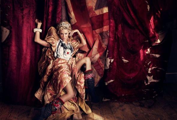 Фотоработы Брайана Адамса показывают вМультимедиа арт музее - Фото №15