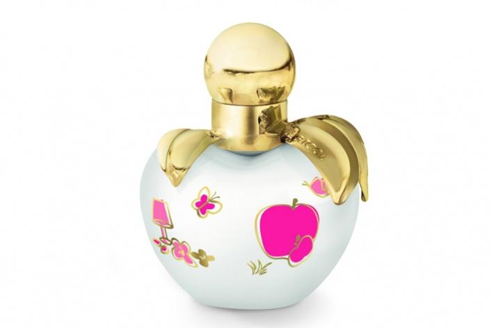 Официальная группа аромата Nina стала одной изсамых посещаемых вфейсбуке