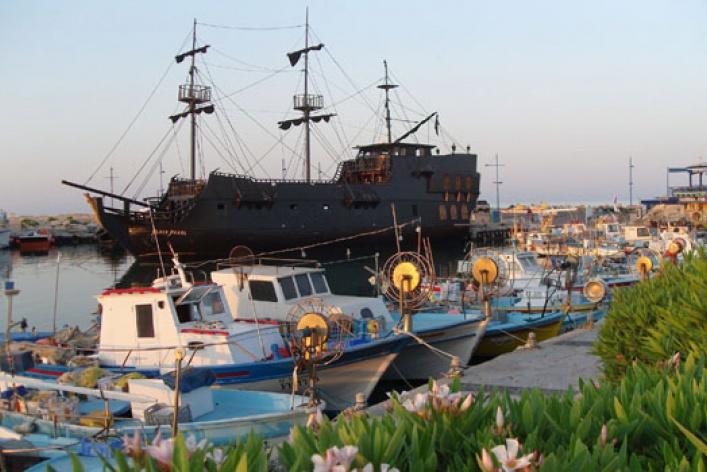 Кипр: остров Афродиты