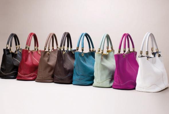ВLancel появились сумки-шоперы иззмеиной кожи - Фото №0
