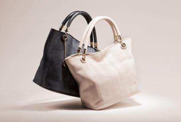 ВLancel появились сумки-шоперы иззмеиной кожи - Фото №2