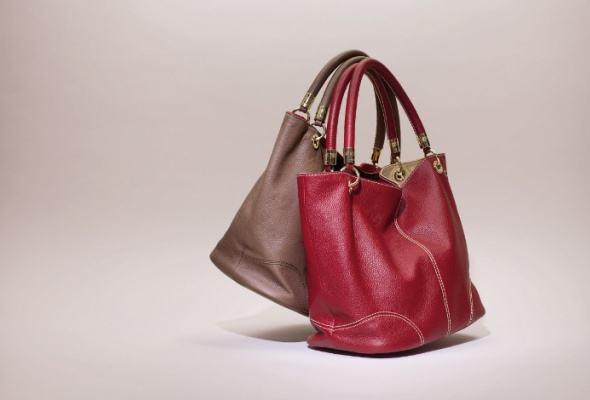 ВLancel появились сумки-шоперы иззмеиной кожи - Фото №4
