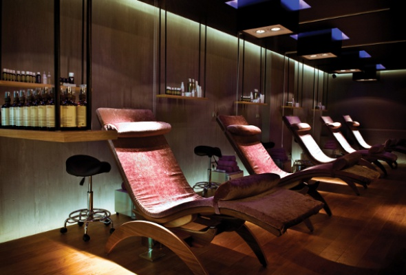 НаМалой Бронной открылся концептуальный салон StressLess Lounge & Beauty Bar - Фото №1
