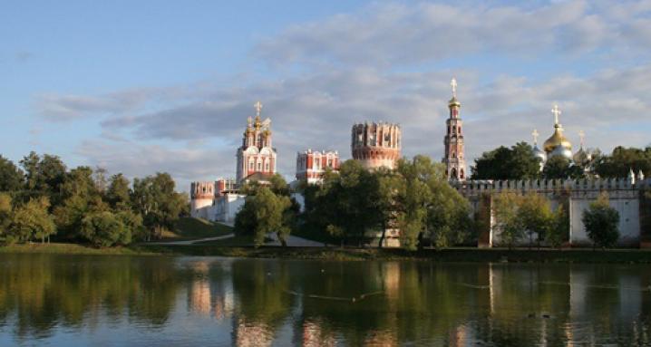 Новодевичий Богородице-Смоленский монастырь