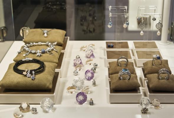 Вгалерее «Москва» открылся ювелирный салон Pandora - Фото №1