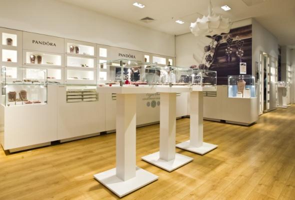 Вгалерее «Москва» открылся ювелирный салон Pandora - Фото №5