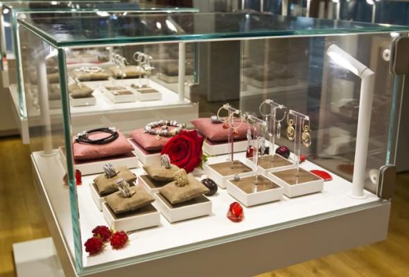 Вгалерее «Москва» открылся ювелирный салон Pandora - Фото №6