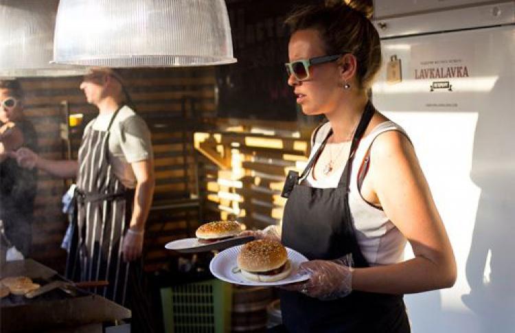Лето в Новой Голландии: Большой фермерский рынок LavkaLavka