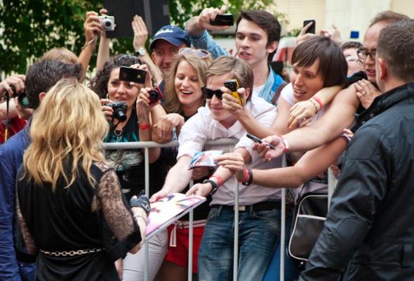 Мадонна посетила свой московский фитнес-клуб - Фото №2