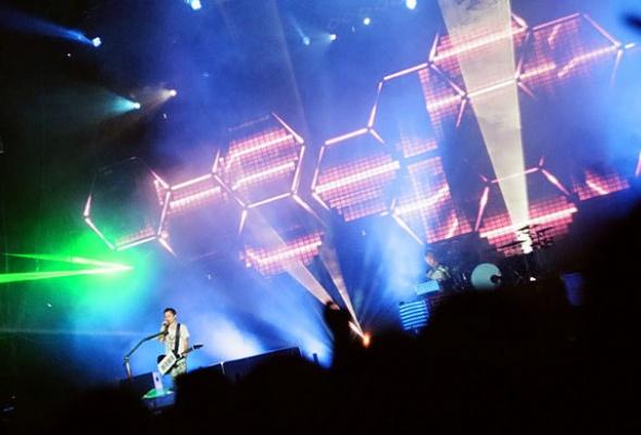 Группа Muse выпустила новую песню - Фото №4