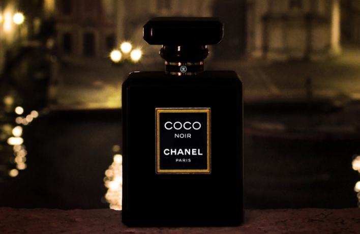 Chanel выпустил новый аромат Coco Noir