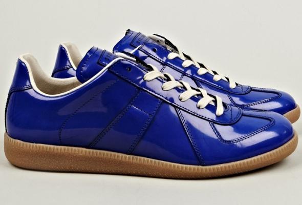Maison Martin Margiela представил эмалированные кроссовки - Фото №0