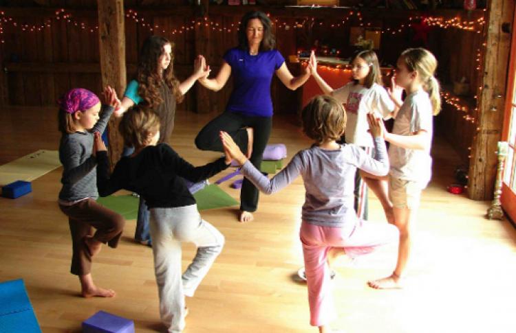 Игровая йога для детей 4-7 лет