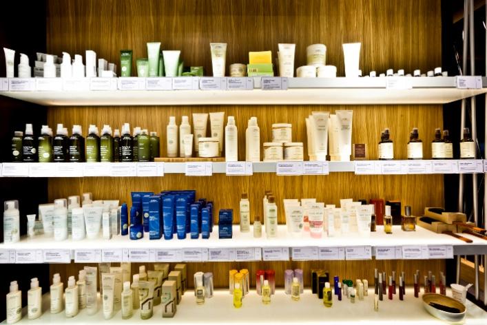Восстанавливающий уход для сухих волос отAveda