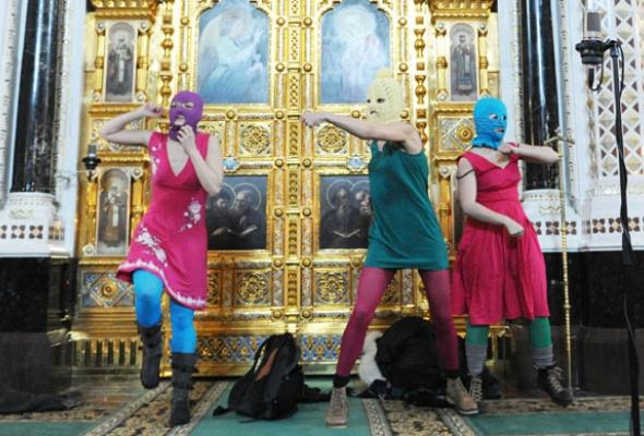 Pussy Riot стали главной группой страны - Фото №1