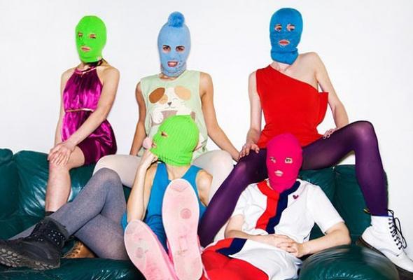 Pussy Riot стали главной группой страны - Фото №2
