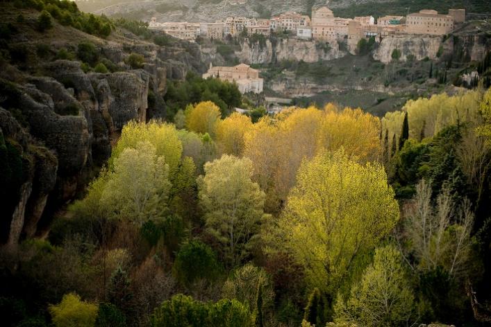 Тринадцать жемчужин. Испанские города