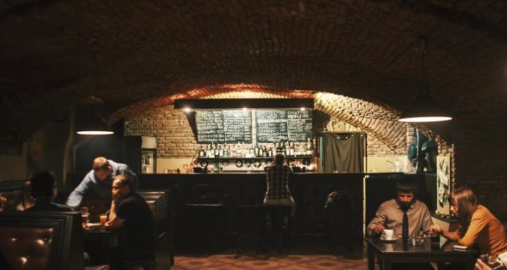 Real Deal's Oldschool Bar