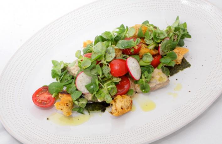 рецепт салата с листьями салата и бальзамическим