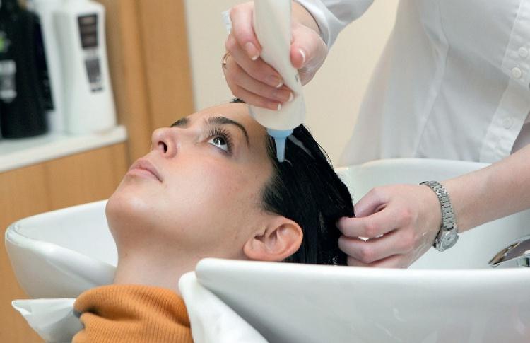 Всалонах Dessange появилась новая процедура для волос отLebel