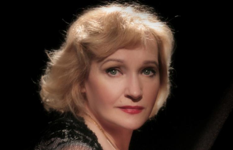 Нина Мещанинова