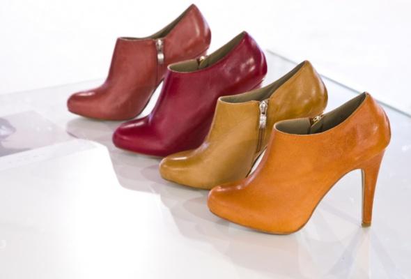 Вшоу-рум Revien привезли бельгийскую обувь NOE - Фото №0