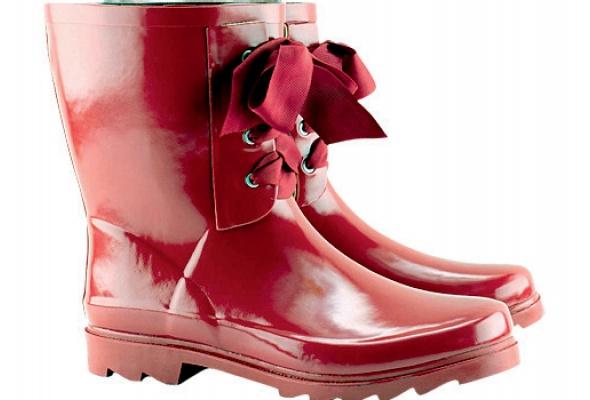 Где найти: Резиновая обувь - Фото №1