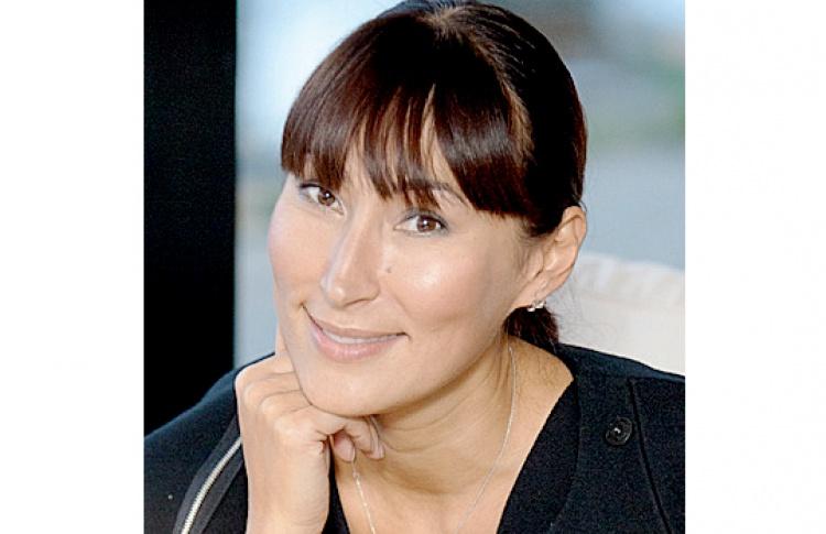 Елена Бадмаева