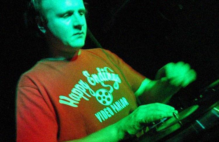DJs Seba, Paradox, Роберт Манос
