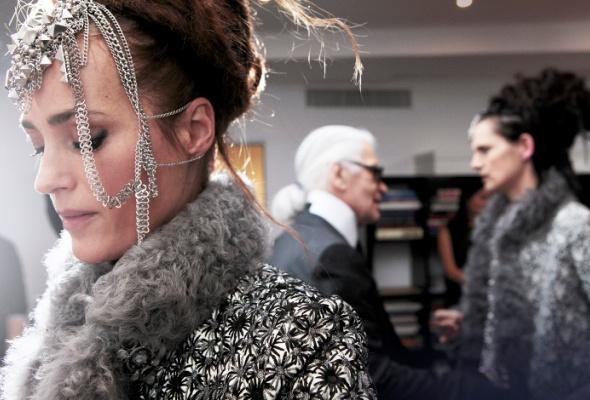 ВBeauty Boutique Chanel появилась индийская коллекция макияжа - Фото №2
