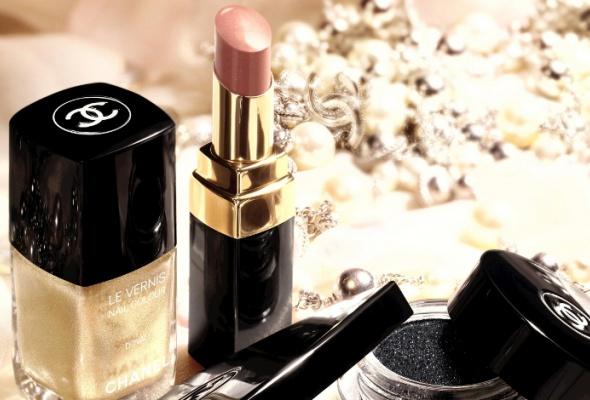 ВBeauty Boutique Chanel появилась индийская коллекция макияжа - Фото №1