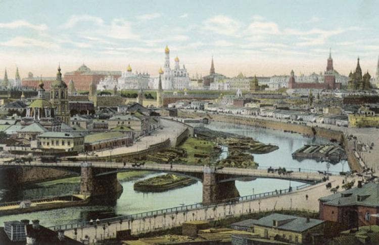 Передвижка зданий в Москве