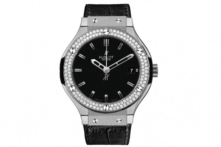 Hublot выпустил часы-унисекс Classic Fusion