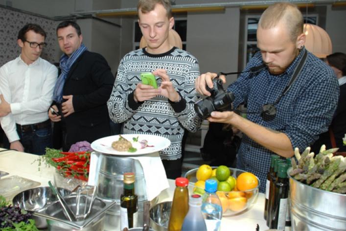 Открытие фестиваля фермерских продуктов вLavkaLavka